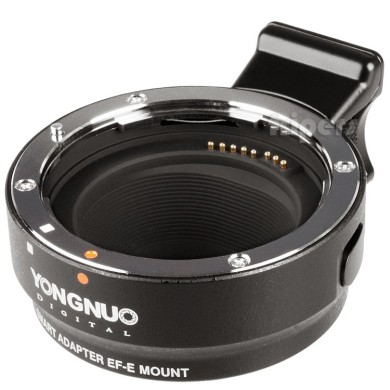 Lens adapter with control signal transmission Canon EF-E/S to Sony E YongNuo